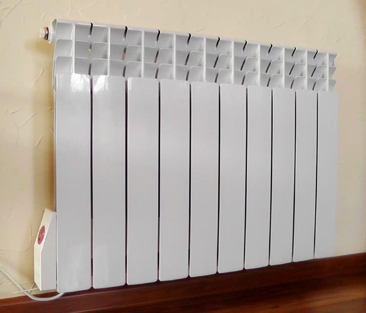 Радиатор отопления в квартире