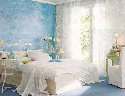Синий цвет в интерьере спальная