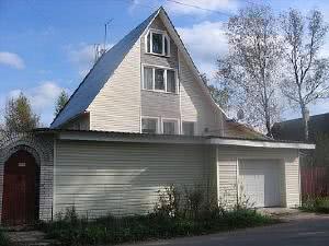 Встроенный гараж