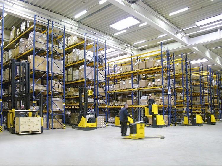 Как выбрать складское оборудование?